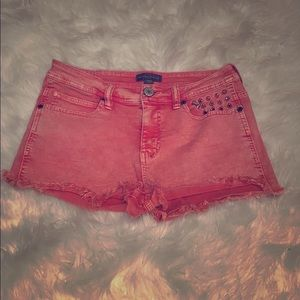 Kendall & Kylie Red Studded Shorts 😍❤️